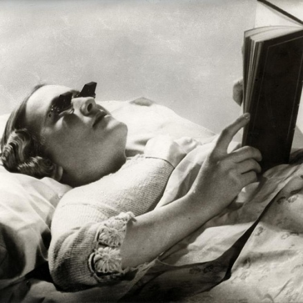 Special glasses for reading in bed
